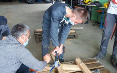 MFR-CFA Chemillé : Construction de tables extérieures en 3ème !